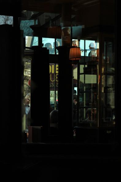 09 Café Panis
